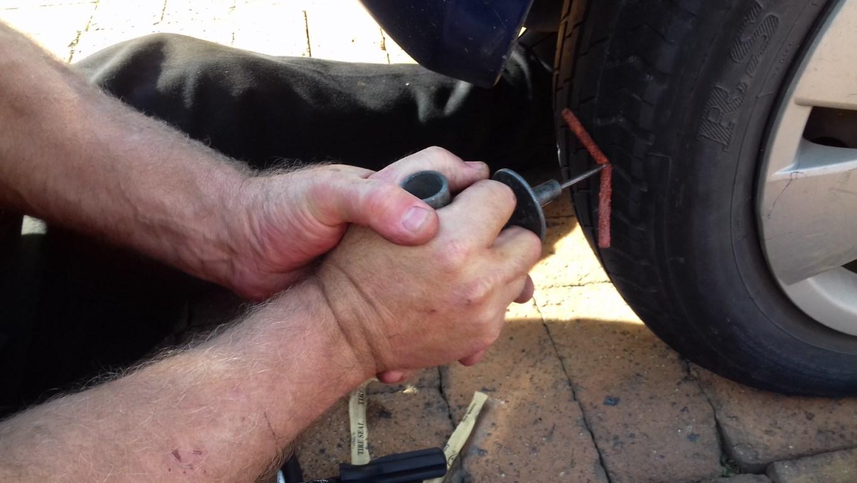 Inserting the sealing plug