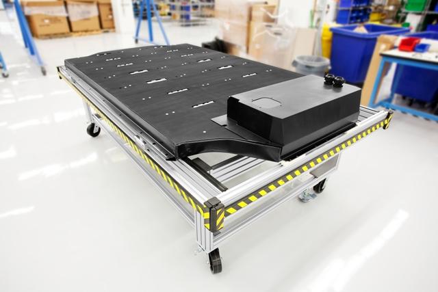 Tesla's lithium battery Platform